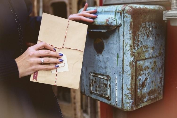 Como funciona a notificação postal?